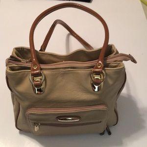 Capezio handbag in beautiful camel color